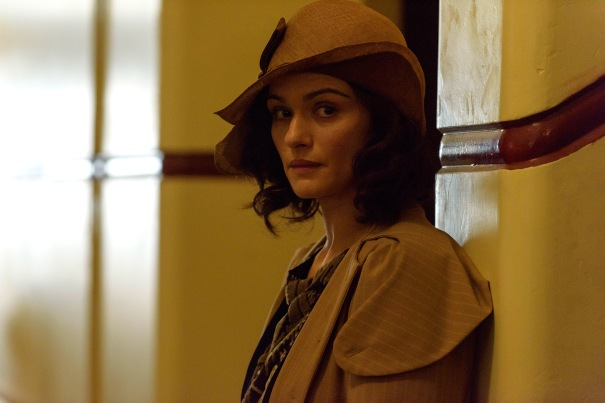light-between-oceans-rachel-weisz